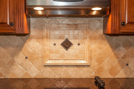 Backsplash and Undermount Lighting